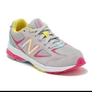 New Balance 888v3 Athletic Sneakers